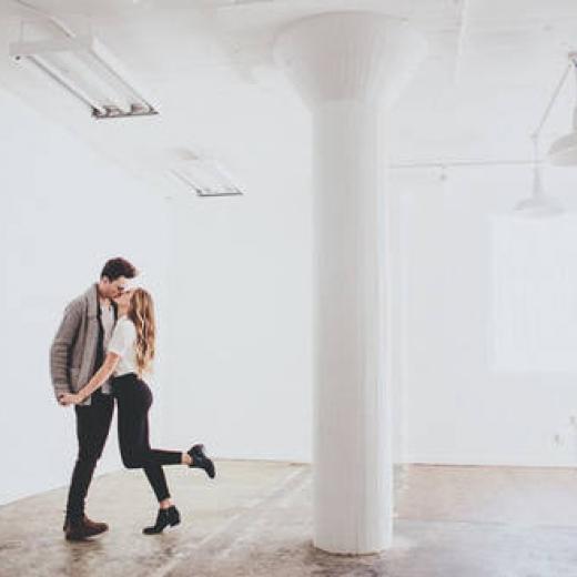 Романтичная фотосессия для влюбленной пары